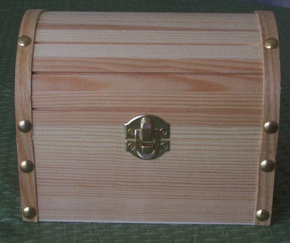 how to make a wood treasure chest